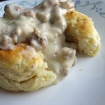 17. Let me tell you bout these biscuits and gravy real quick.. ???????? https://t.co/rCOYQZ2CQj