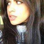 Camila, vem ver isso aqui, olha o olhar desse cara pra tua mulher. Vai deixar? #FifthHarmony4MMVA https://t.co/Qga0ilbqMA