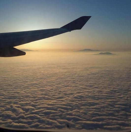 Thanks to @lifewiththethomsons for this great pic of the sunrise heading into LA last week -