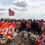 #SaintNazaire #Donges La #CGT appelle à larrêt complet de la #raffinerie pour une semaine https://t.co/kk56PebbUL https://t.co/Nj5PYkgAUQ