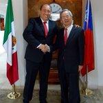 Ya tenemos inversión de Taiwán en #Coahuila. Reunión con Carlos Liao, su representante en México. Vamos por más. https://t.co/y2DHHXhpDC