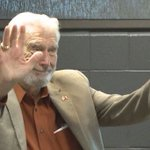 The voice of the @FWKomets Bob Chase will be Grand Marshal of the @ThreeRiversFest parade. https://t.co/l6wfA3Cy8W https://t.co/aydqIuJ6Gz