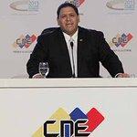 Rector del CNE explicó cuáles son los plazos verdaderos para el revocatorio https://t.co/6ozRRL6MLi https://t.co/4PZyHI90LI