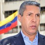 Henri Falcón rechazó sentencia que prohibe manifestaciones en el CNE https://t.co/APHfVvHI0v https://t.co/Cp2wbq95zl