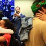 Beijaço na cara de Feliciano e Bolsonaros!  Protesto na comissão de cultura da Câmara   Foto: @LulaMarques https://t.co/62qzdYHFA6
