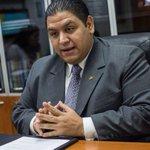 Rector Rondón aseguró que el referendo se podrá realizar en octubre https://t.co/IsUVqMus5z https://t.co/GR8QjCjy5G