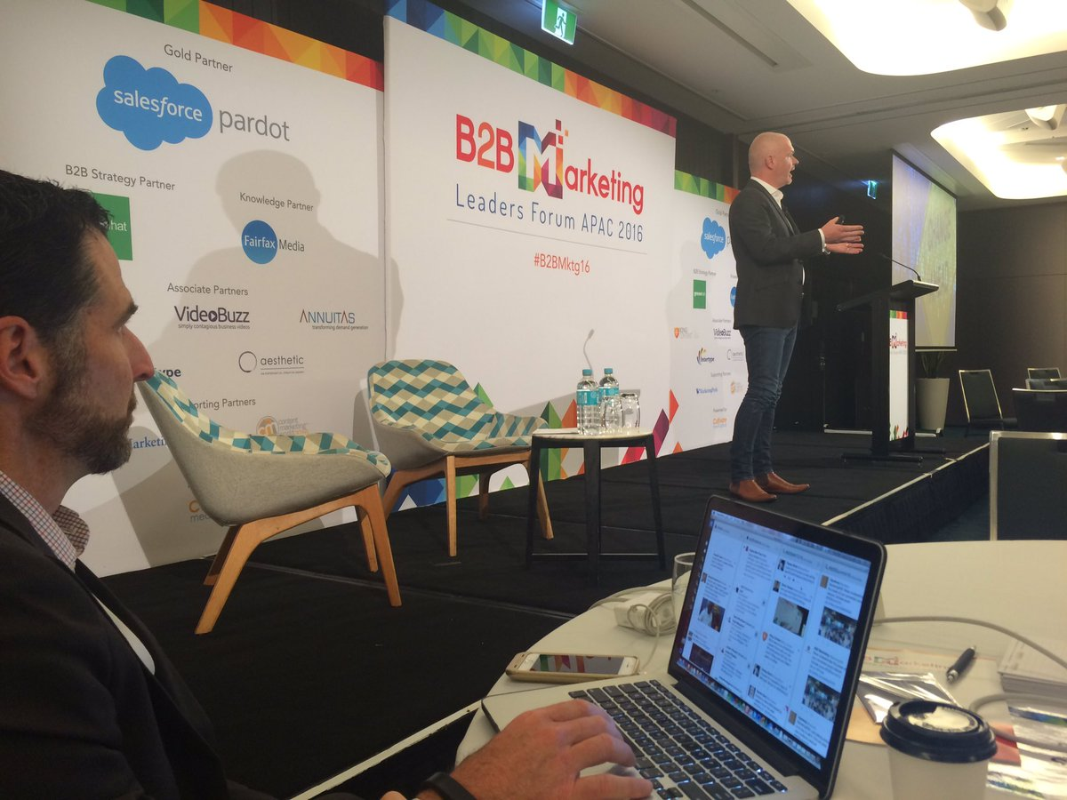 High energy opening keynote from @_iamJM @purestorage at #B2BMktg16 https://t.co/PPkhdb6BfH