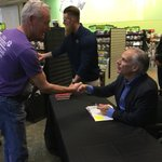 Great to see @GregAbbott_TX in San Angelo Monday! Ck out his new book, #BrokenButUnbowed https://t.co/5LReeOd1j4