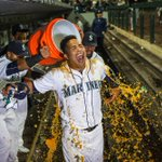 Walkoff magic! Leonys Martins dramatic HR in 9th lifts Mariners over As. From @RyanDivish: https://t.co/aF39ikAKP3 https://t.co/cGJYH9PvFQ