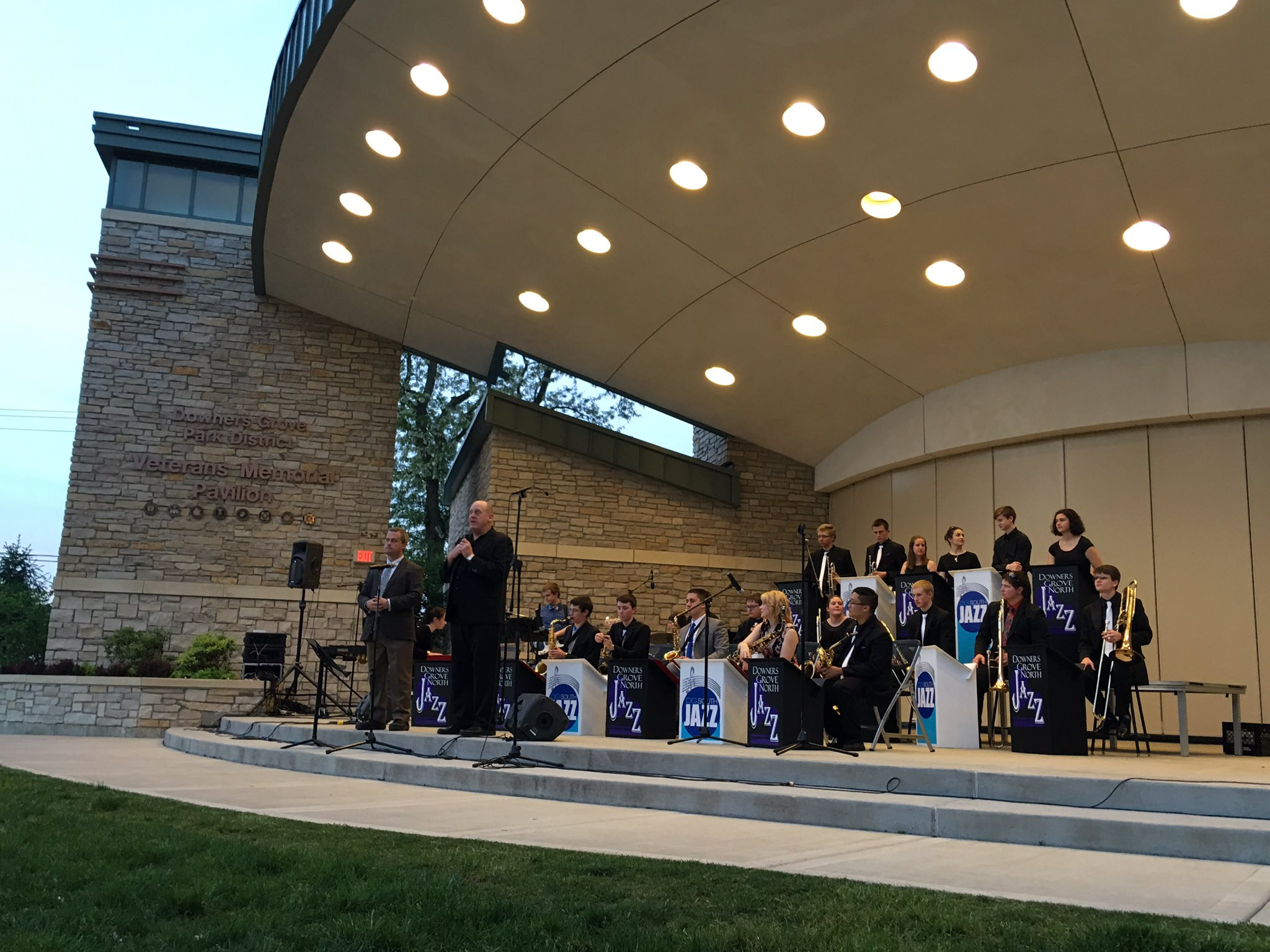 Bon Voyage Teaser by @Dist_99 Honors Jazz Ensemble. Heading to Europe this summer! #99Learns @dgnbands @DGS_Bands https://t.co/CPkzDucPg2