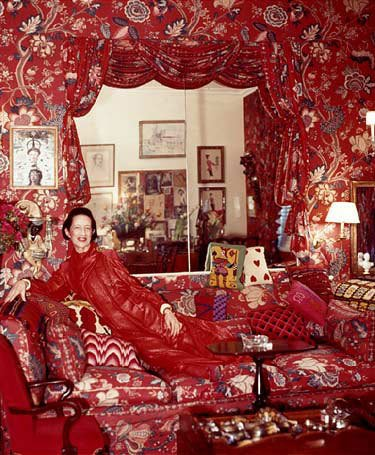 """""""Never fear being vulgar, just boring"""" -- Fashion Editor and columnist Diana Vreeland   #interiordesign #notboring https://t.co/xbOdE6oXzl"""