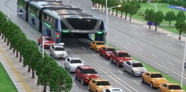 China unveils elevated bus that passes over cars on the highway https://t.co/sQbH7d0nX4 https://t.co/r7Fc1DPShi