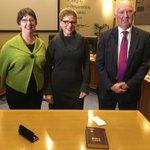 Dr Kathy Alexander, Peter Dorling & Laurinda Gardner have been sworn in as the Citys Administrators. https://t.co/EJRinmTiGE