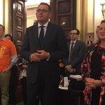 @VicUnions @DanielAndrewsMP addressing #workersparliament w @NatHutchins @lhilakari #springst https://t.co/0owXvrEZKI