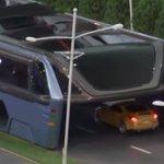 중국이 개발 중인 교통체증을 무시할 수 있는 '터널형 버스(동영상) https://t.co/eNiGO1iN7U https://t.co/991376V9b0