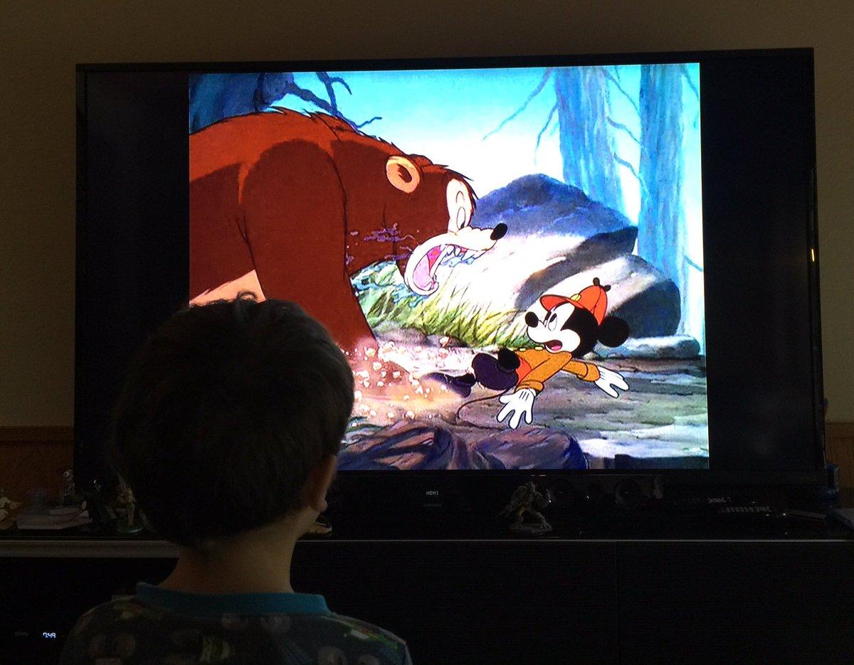 "My kids love ""Walt Disney's The Revenant"" https://t.co/qXtwkFFgnp"