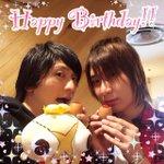 【前野智昭さん、お誕生日おめでとうございます!!!】先日とある撮影で、島﨑さんとお祝いさせていただき…