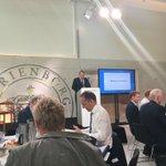Statsminister @larsloekke skyder 2025-seminar igang. Regeringen vil lytte og lade sig inspirere. Fokus på vækst https://t.co/StDCW5hFdw