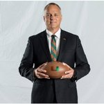 Coach Richt said he would donate $1 million to a an indoor practice facility for the #Hurricanes. #dymelyfe #Richt https://t.co/yyYlsaSYYa