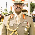Maj. Gen Muhoozi Kinerugaba shortly after the pipping ceremony at Min of Defence HQ, Mbuya. https://t.co/a2sigE1z0g