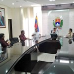 Sostenemos un encuentro en la residencia oficial con el presidente de la corporación venezolana de alimentos. https://t.co/isDRx0TLsz