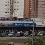 Reportan disparos en supermercado ubicado en sector Indio Mara #Maracaibo https://t.co/Zol0hPrKDv https://t.co/R2twuaVb3I