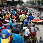 #Venezuela Oposición marcha este miércoles en contra de sentencia del TSJ https://t.co/A0BEla2Fy6 https://t.co/HV4Nc4ZhrU