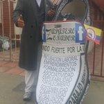 Peñalosa excluye a los recicladores de sus derechos para monopolizar hasta la basura. #ETBNoSeVende PARO CÍVICO https://t.co/Aqp5AAgfwL