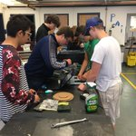 Physics and machine tech students collaborate on robotic game design @NapaHigh @newtechnetwork #STEM https://t.co/ysx04Oam1w