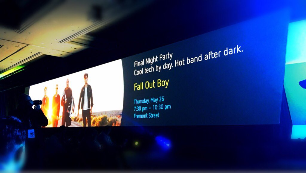Who has a cooler closing night party than THIS? The @Citrix Vegas Street Fest featuring @falloutboy. #CitrixSynergy https://t.co/2kAIbNxFf1