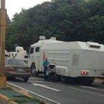Ayer el Régimen saco buses para intentar llenar calles, hoy saca tanque para intentar vaciarlas #TSJvsPueblo #25May https://t.co/5xD3YhVqGd