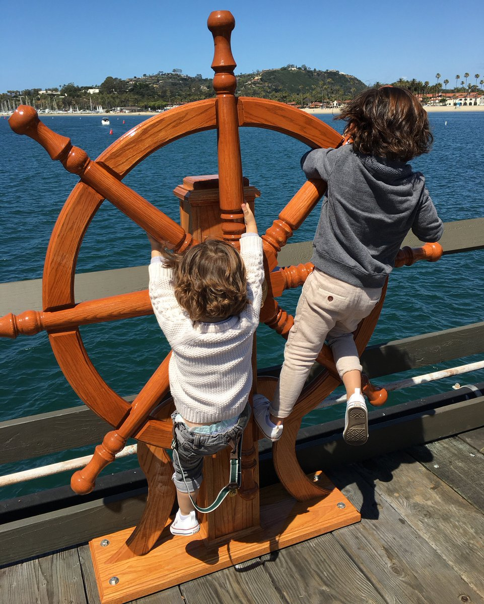 Ahoy mate! My two little ship captains having a blast on the Santa Barbara pier! #visitcalifornia #ad https://t.co/ZwkN9q1V7r
