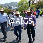 Inicia marcha de la ceteg encabezada por ramos reyes, enfila por el boulevard Vicente gro al sur de #chilpancingo https://t.co/ljuAeAlp5u