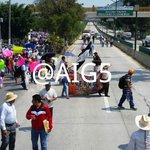 Continente ingresa al boulevard Vicente guerrero csrriles norte sur a la altura de la col san juan en #chilpancingo https://t.co/n19tUbfSjg