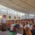 Llenazo en #Burjassot para escuchar el proyecto socialista de @sanchezcastejon #LaGenteDelSi #UnSiPorElCambio https://t.co/GmZqSFDCGe
