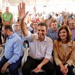 """Sánchez: """"La diferencia con Iglesias es que yo sí soy de izquierdas"""" https://t.co/so10VgWoKM por @alfons_garcia69 https://t.co/o45XtGJA1s"""