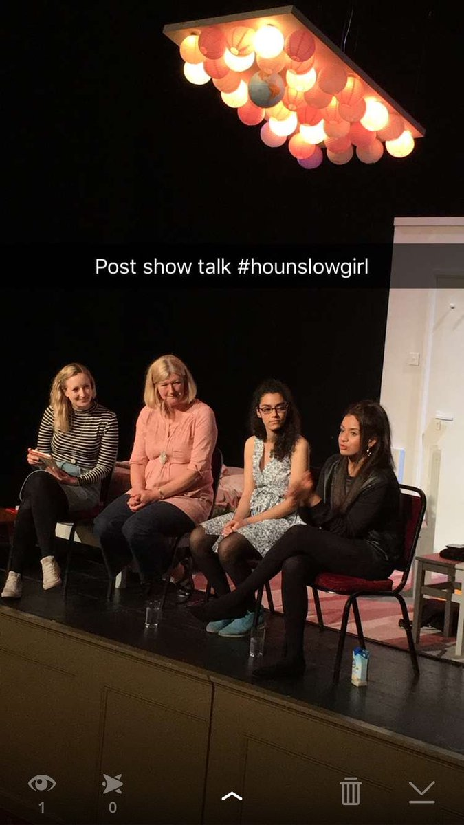 Loved loved loved #HounslowGirl @TheatreRoyalBSE #bravo Enjoying the post show discussion https://t.co/sKvGaGIg3f