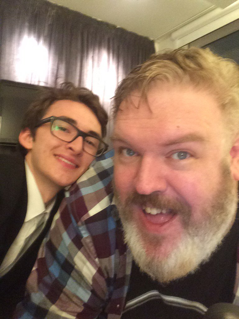 Even though Hodor may be gone, @KristianNairn isn't getting away from me that easy... #HoldTheDoor #GameofThrones https://t.co/9YSLN7z6KN