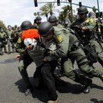 Police, protesters clash outside Trumps California rally; arrests made https://t.co/yuheqFoDrh https://t.co/6qvN89gSfn