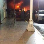 #Talcahuano Incendio Vivienda avda Colón frente a Olimpia.2 personas rescatadas Graves vía aérea quemadas. trabajan. https://t.co/FZaa0M2Th3