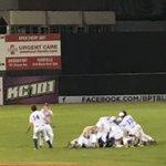 Walk-off win! Blue Wave Baseball takes the FCIAC title! https://t.co/Mb42OeQjLt