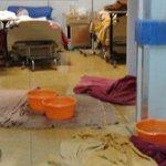 Denuncian que hospital de Lota tiene impresionantes goteras. Lógica del gobierno: darle más plata a TVN. https://t.co/A5M9yGiF8S