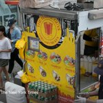 The Halal Guys, a popular NYC food cart, to donate $30,000 to LaGuardia Community College https://t.co/M01gwYkxZr https://t.co/gSCwxyONTK