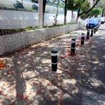 Bolardos en Juan Ruiz de Alarcón Esq. Vallarta, Col. Lafayette, delimitan espacio restringido para estacionar autos https://t.co/wyJ9GzqcR0