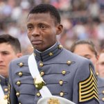 """The story behind the """"American Dream"""" photo at West Point that went viral https://t.co/MDriBvzaSK https://t.co/BMr1beieV3"""