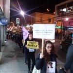 """Mujeres realizan """"Caminata del Silencio"""" en Valparaíso contra la violencia de género (Foto de @TeAmoValpo) https://t.co/r2WWEUoeqd"""