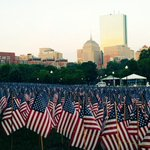 Sunrise over 37,000 American flags in Boston Common honoring the Massachusetts fallen now until #MemorialDay. https://t.co/C0TlnHNxpk