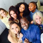 As if this was a YEAR ago! Still one of our favourite pics ever ???????? love you guys @LittleMix #KissBreakfast #TBT https://t.co/MmyiPrLvik