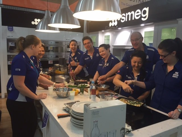 RT @TheGoodGuysAU: Our #Carseldine Good Guys cooked up a storm for @jamieoliver  's #FoodRevolution Omelette Challenge! @JMOFAustralia http…