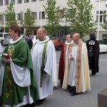 Die Kirchen gewinnen wieder mehr Macht.   Mein Foto des Tages! https://t.co/BDWNBOJGZC